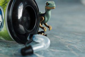 Trinkbecher von Jurassic World mit Figur eines Raptor