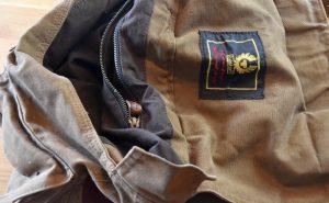 Belstaff 554 Colonial Messenger Bag geöffnet.