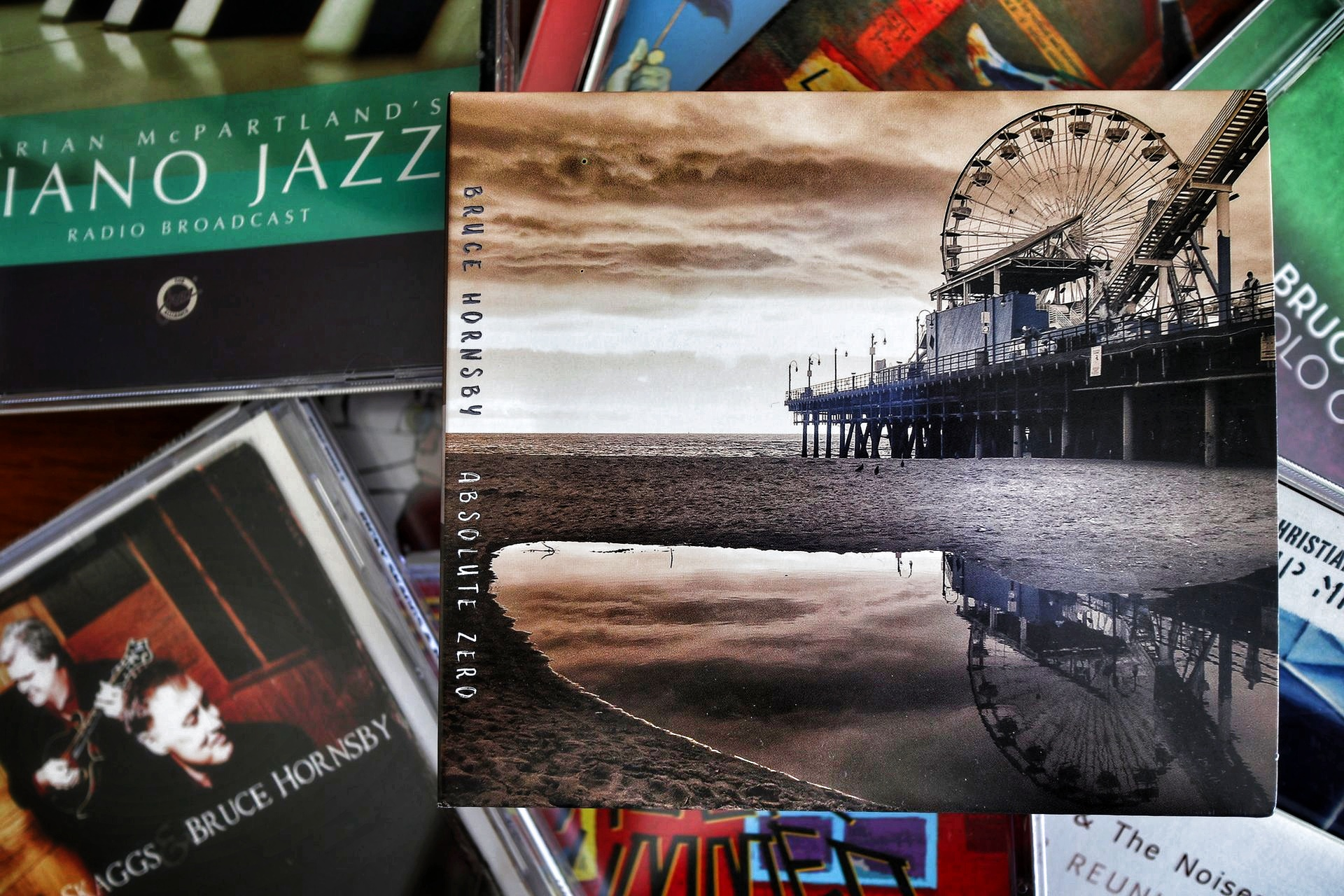 CD Absolute Zero und andere Hornsby-CDs.