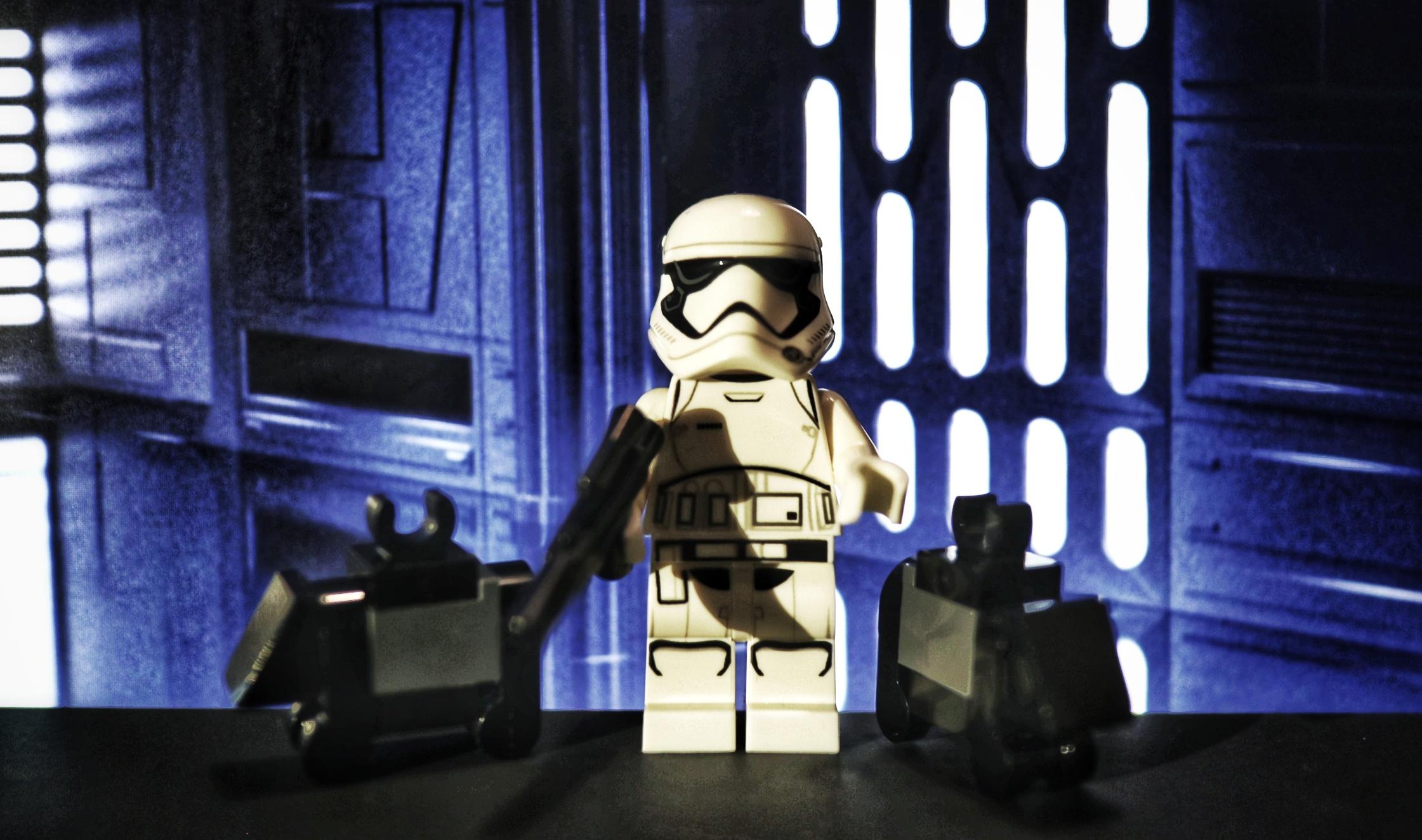 Lego-Adventskalender: Stormtrooper und Mouse Droids